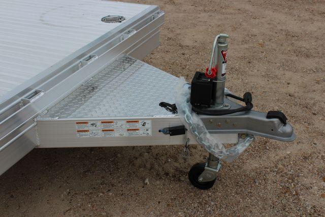 2020 Featherlite 3110 20' FLATBED OPEN CAR TRAILER RAISED DECK RUB RAILS CONROE, TX 3