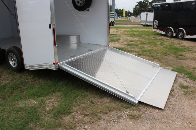 2020 Featherlite 4410 - ENCLOSED CAR TRAILER 20' ENCLOSED RACE CAR TRAILER W/ PREM ESCAPE DOOR CONROE, TX 20