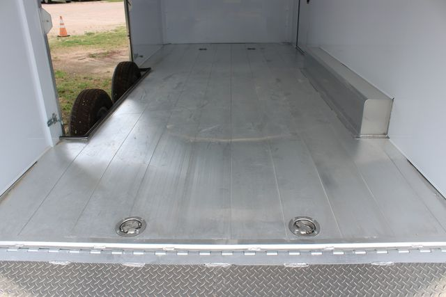 2020 Featherlite 4410 - ENCLOSED CAR TRAILER 20' ENCLOSED RACE CAR TRAILER W/ PREM ESCAPE DOOR CONROE, TX 24