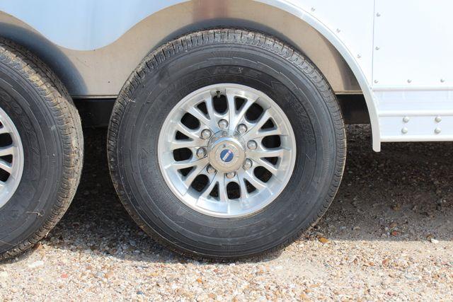 2020 Featherlite 4926 20' ENCLOSED CAR HAULER CONROE, TX 26