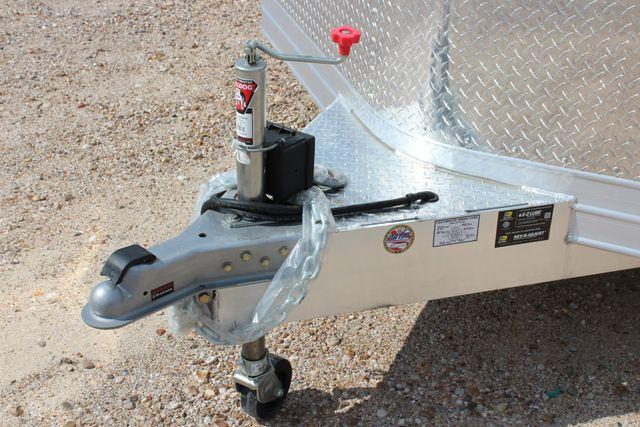 2020 Featherlite 4926 20' ENCLOSED CAR HAULER CONROE, TX 4