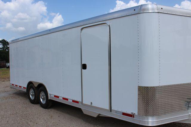 2020 Featherlite 4926 24' BUMPER PULL ENCLOSED CAR HAULER CONROE, TX 1