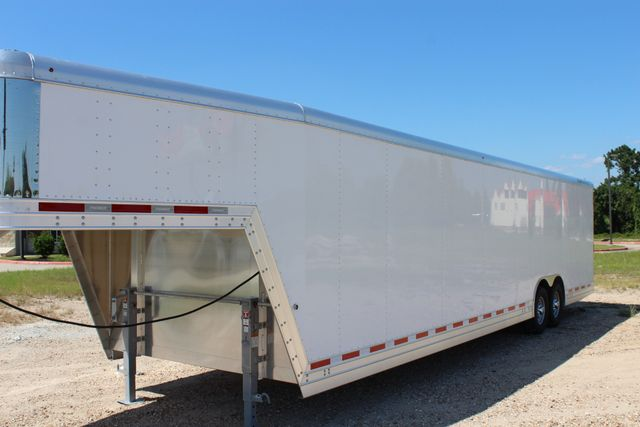 2020 Featherlite 4941 - 32 32' ENCLOSED GOOSE NECK CAR HAULER CONROE, TX 7
