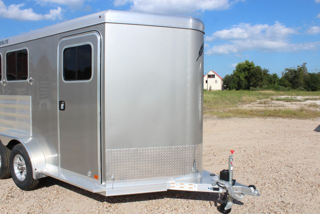 "2020 Featherlite 7441 - 2 HORSE TWO HORSE - BUMPER PULL - 24"" DRESSING ROOM - 7' W CONROE, TX 2"