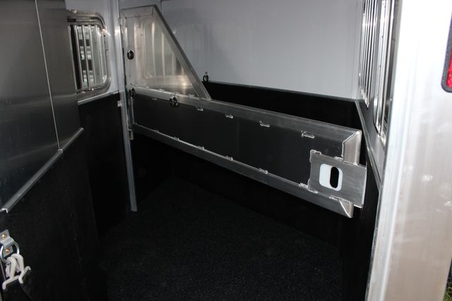 "2020 Featherlite 7441 - 2 HORSE TWO HORSE - BUMPER PULL - 24"" DRESSING ROOM - 7' W CONROE, TX 17"