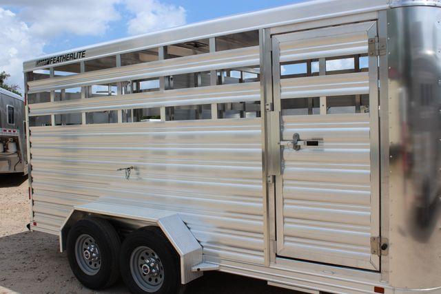 2020 Featherlite 8107 16' BUMPER PULL LIVESTOCK TRAILER CONROE, TX 1