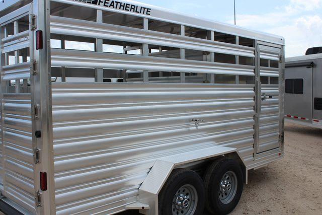 2020 Featherlite 8107 16' BUMPER PULL LIVESTOCK TRAILER CONROE, TX 21