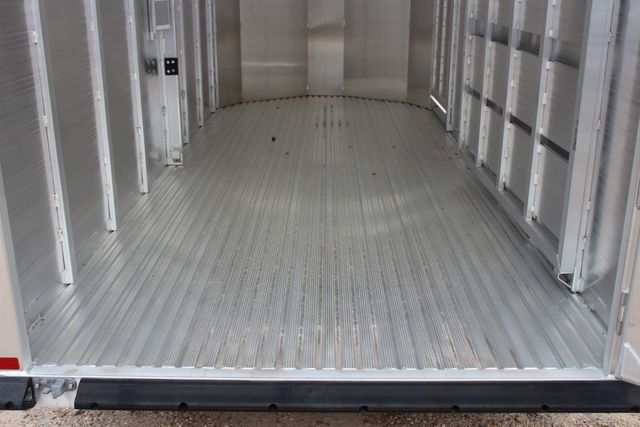 2020 Featherlite 8107 16' - LIVESTOCK - CATTLE TRAILER - ALUMINUM FLOOR CONROE, TX 18