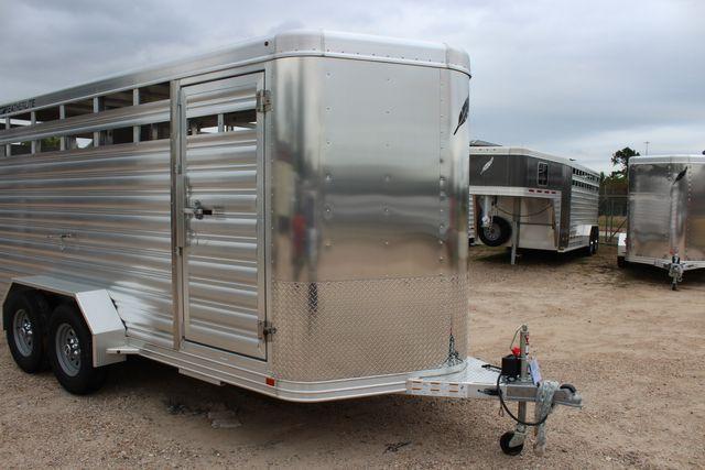 2020 Featherlite 8107 16' - LIVESTOCK - CATTLE TRAILER - ALUMINUM FLOOR CONROE, TX 2