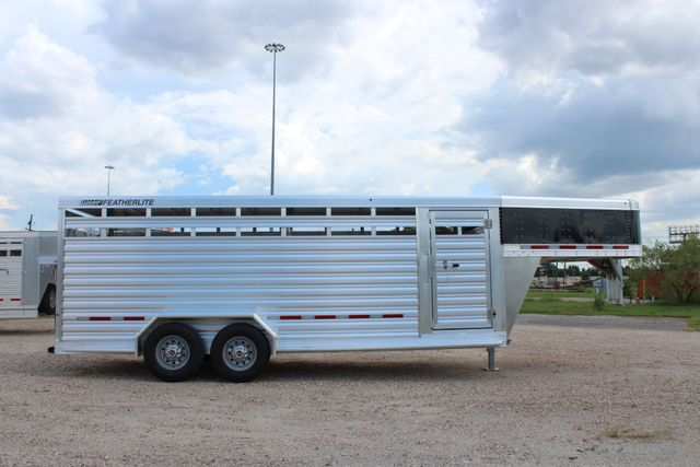 2020 Featherlite 8117 - 20 STOCK 20' GN LIVESTOCK & CATTLE CONROE, TX 20