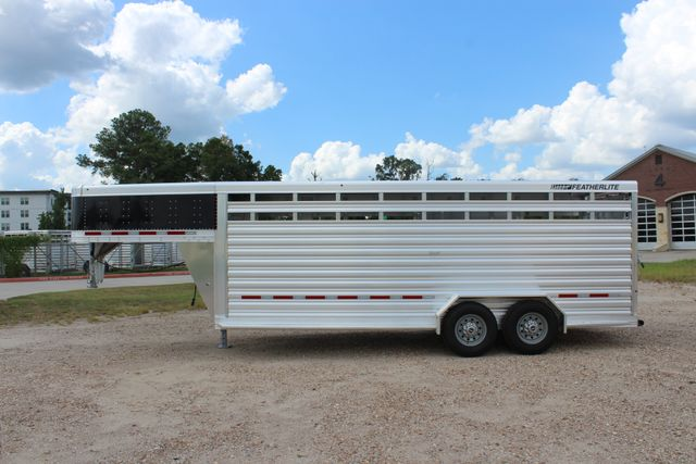 2020 Featherlite 8117 - 20 STOCK 20' GN LIVESTOCK & CATTLE CONROE, TX 8