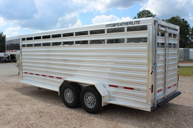 2020 Featherlite 8117 - 20 STOCK 20' GN LIVESTOCK & CATTLE CONROE, TX 9