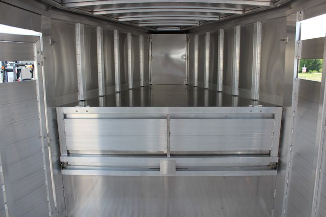 2020 Featherlite 8127 - 20 20' V-NOSE LIVESTOCK TRAILER 7' TALL & 7'WIDE CONROE, TX 24