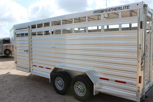 2020 Featherlite 8127 - 20 20' V-NOSE LIVESTOCK TRAILER 7' TALL & 7'WIDE CONROE, TX 12