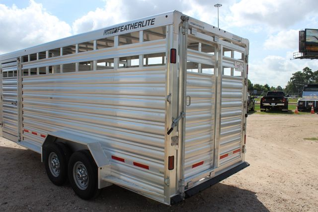 2020 Featherlite 8127 - 20 20' V-NOSE LIVESTOCK TRAILER 7' TALL & 7'WIDE CONROE, TX 13