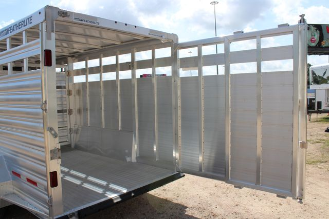2020 Featherlite 8127 - 20 20' V-NOSE LIVESTOCK TRAILER 7' TALL & 7'WIDE CONROE, TX 17