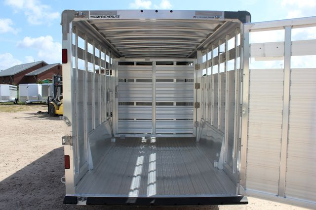 2020 Featherlite 8127 - 20 20' V-NOSE LIVESTOCK TRAILER 7' TALL & 7'WIDE CONROE, TX 21