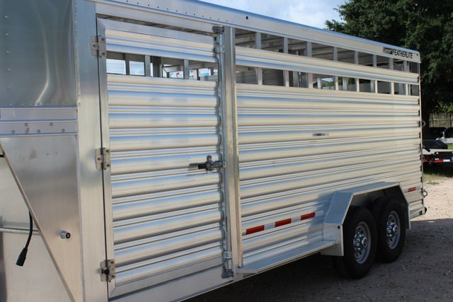 2020 Featherlite 8127 - 20 20' V-NOSE LIVESTOCK TRAILER 7' TALL & 7'WIDE CONROE, TX 6