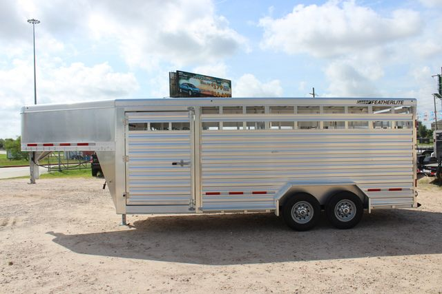 2020 Featherlite 8127 - 20 20' V-NOSE LIVESTOCK TRAILER 7' TALL & 7'WIDE CONROE, TX 8