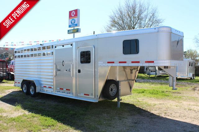 2020 Featherlite 8413 - STOCK COMBO 24' LIVESTOCK COMBO WITH 4' TACK CONROE, TX