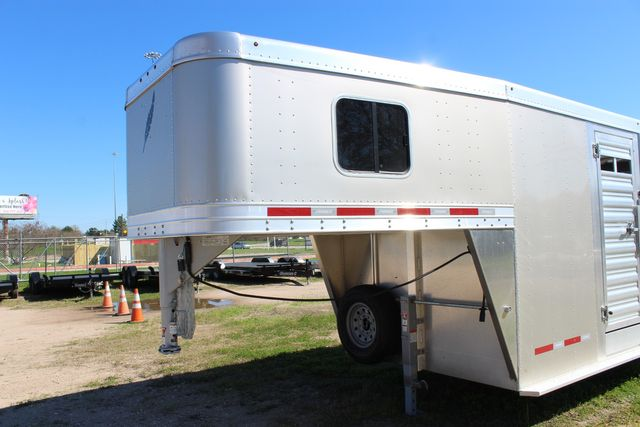 2020 Featherlite 8413 - STOCK COMBO 24' LIVESTOCK COMBO WITH 4' TACK CONROE, TX 5