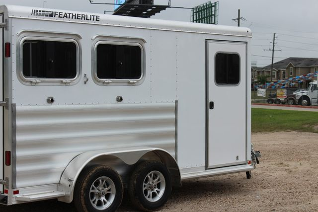 "2020 Featherlite 9409 - 2H 2 horse 7'0""T x 14' 2"" long with 24"" slant wall DR CONROE, TX 23"