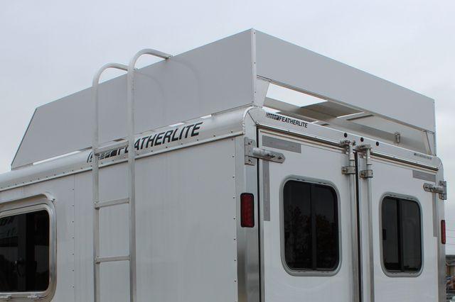 2020 Featherlite 9409 - 3 HORSE 3 HORSE - DRAG - HAY RACK - DROP DOORS ON HIP CONROE, TX 12