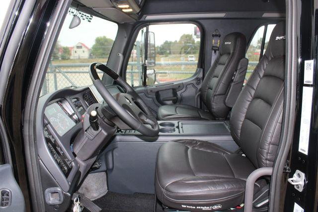 2020 Freightliner M2 112 SportChassis RHA Luxury Ranch Hauler DD13 CONROE, TX 32