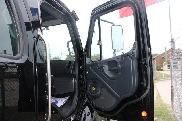 2020 Freightliner M2 112 SportChassis RHA Luxury Ranch Hauler DD13 CONROE, TX 20