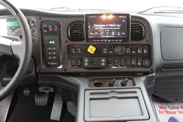 2020 Freightliner M2 112 SportChassis RHA Luxury Ranch Hauler DD13 CONROE, TX 43