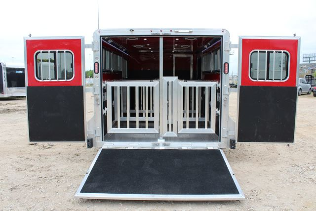 2020 Frontier LOW PRO SHOW 6 pen show BP ramp, side ramp, electric, pen CONROE, TX 17