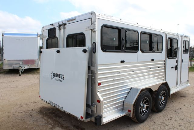 2020 Frontier LOW PRO SHOW 6 pen Livestock show trailer with adjustable pen system+ CONROE, TX 26