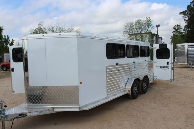 2020 Frontier LOW PRO SHOW 6 pen Livestock show trailer with adjustable pen system+ CONROE, TX 13