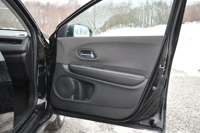 2020 Honda HR-V LX Naugatuck, Connecticut 12