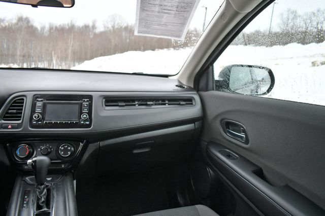 2020 Honda HR-V LX Naugatuck, Connecticut 20