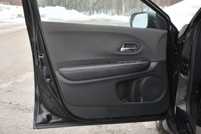 2020 Honda HR-V LX Naugatuck, Connecticut 21
