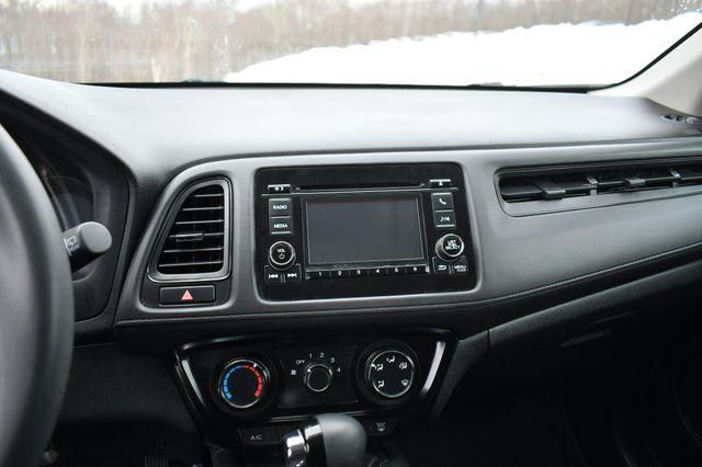 2020 Honda HR-V LX Naugatuck, Connecticut 24