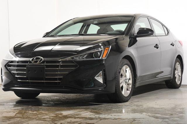 2020 Hyundai Elantra SEL w/ Blind Spot Safety Tech