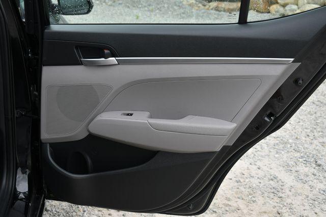 2020 Hyundai Elantra SE Naugatuck, Connecticut 12
