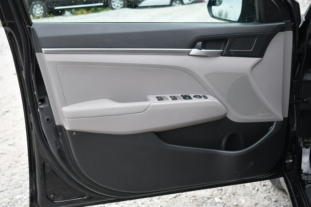 2020 Hyundai Elantra SE Naugatuck, Connecticut 17