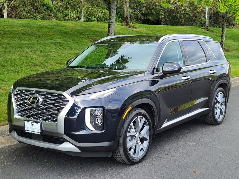 2020 Hyundai Palisade SEL AWD 9900 Miles Premium Convenience Packages Like New  city Washington  Complete Automotive  in Seattle, Washington