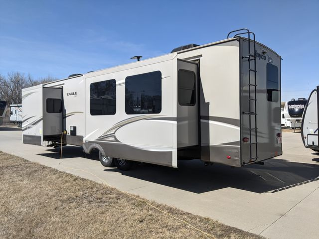 2020 Jayco EAGLE 332CBOK in Mandan, North Dakota 58554