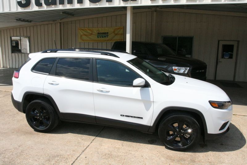 2020 Jeep Cherokee Altitude in Vernon Alabama