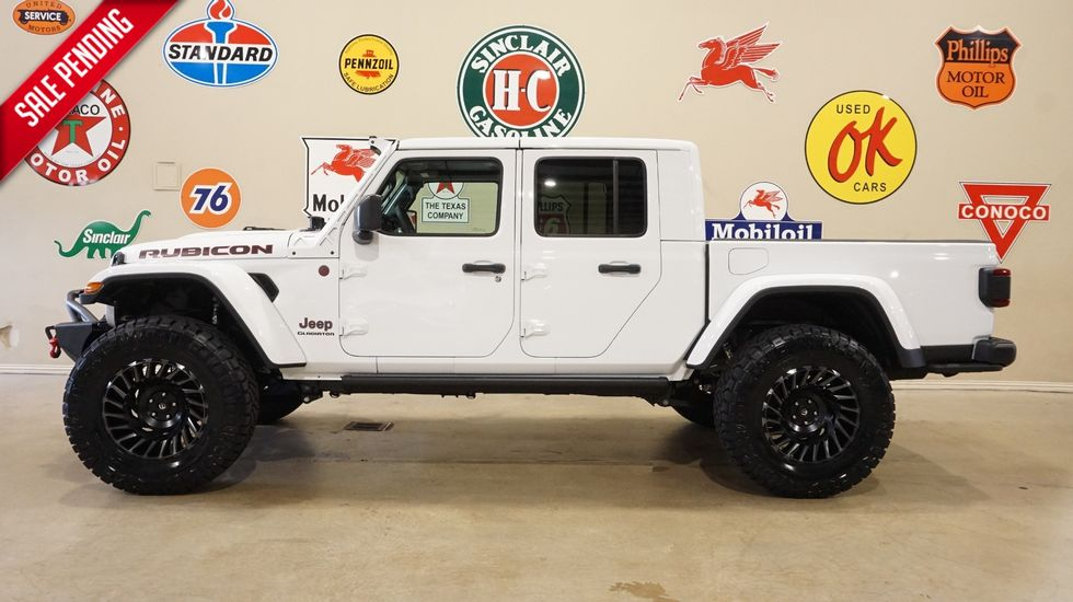 2020 Jeep Gladiator Rubicon 4x4 Lifted Led S Nav Htd Lth Fuel Whls Carrollton Tx Texas Vehicle Exchange