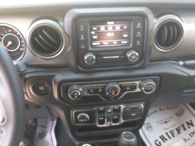 2020 Jeep Gladiator Sport S Houston, Mississippi 11