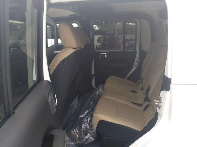 2020 Jeep Gladiator Overland Houston, Mississippi 9