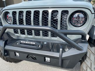 2020 Jeep Gladiator CUSTOM LIFTED LEATHER 37s FAB FOUR FALCON  Plant City Florida  Bayshore Automotive   in Plant City, Florida