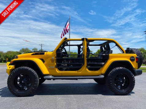 2020 Jeep Wrangler Unlimited HELLA YELLA SAHARA LIFTED NAV LEATHER 35