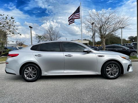 2020 Kia Optima LX CARFAX CERTIFIED BOOKS WARRANTY in Plant City, Florida