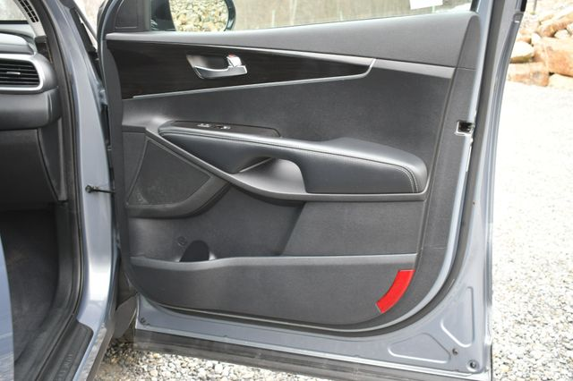 2020 Kia Sorento LX V6 Naugatuck, Connecticut 10